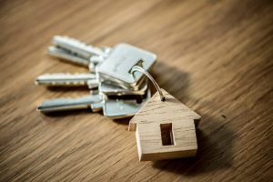 Keys with house key-ring - JR cleaning and removals - Sheffield, Rotherham and rest of South Yorkshire